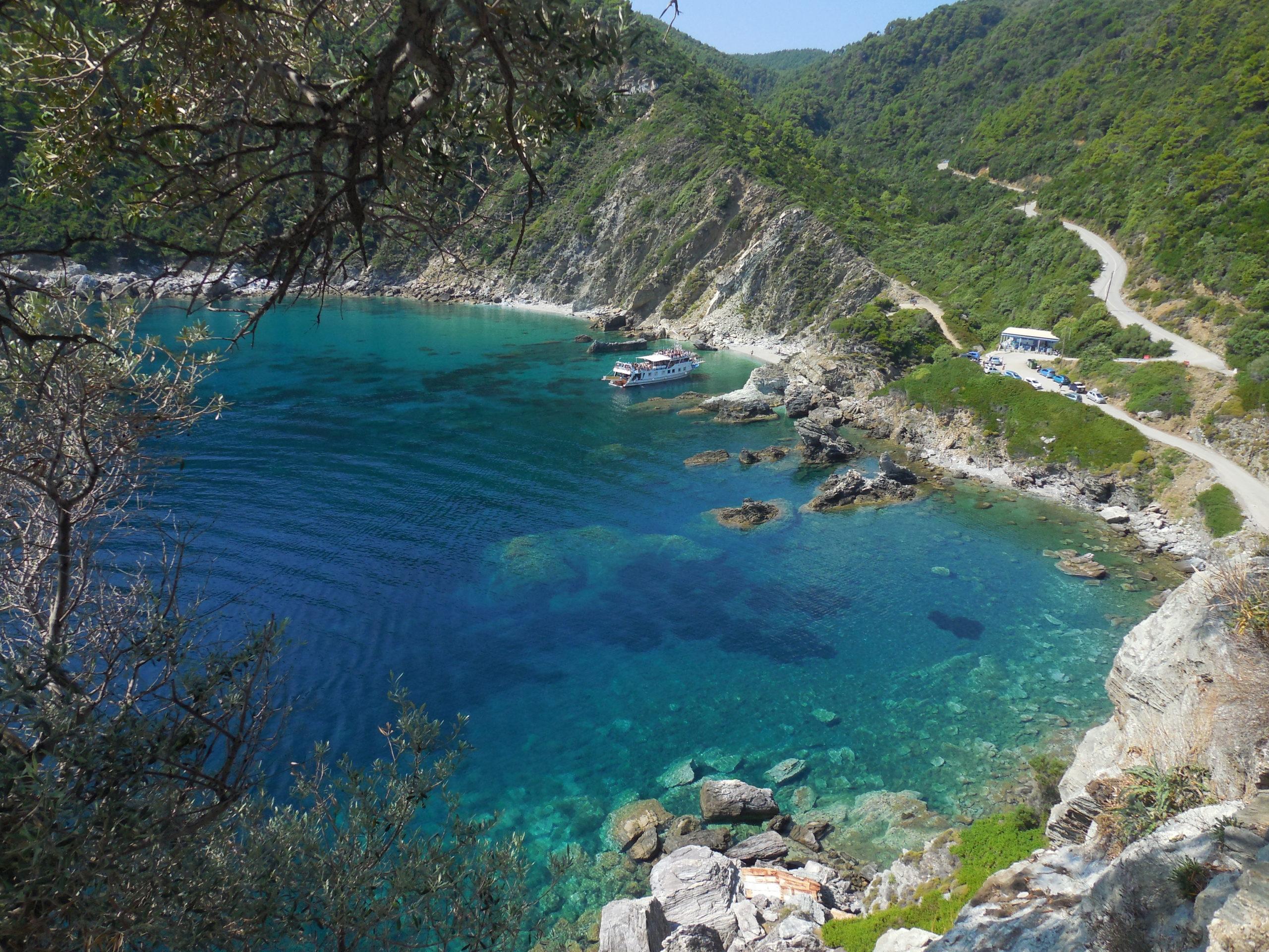 Skopelos - ostrov Mamma Mia a tyrkysového moře